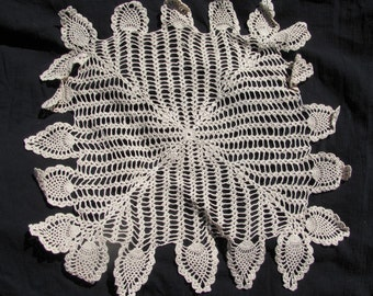 Ecru Cotton Doily Crocheted Centerpiece Pineapple & ladders stylized square home decor  mid century modern shabby chic French country style