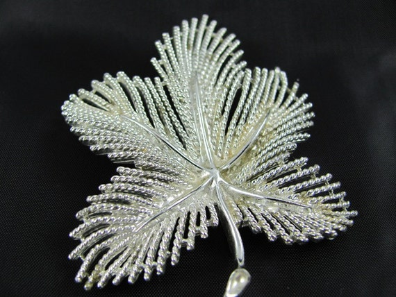 Vintage Silver Sarah Coventry Five Petal Leaf Brooch