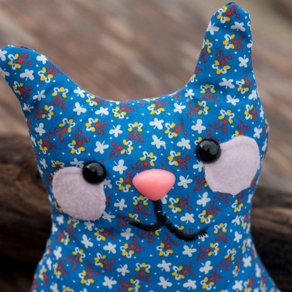 Alder - Plush Whimsy Kitten Floral Pattern