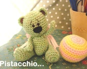 Pistacchio: a little artist bear -made to order-