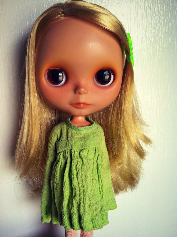 Handmade Short Mantis Green Gauze Ophelia Dress for Blythe or Skipper
