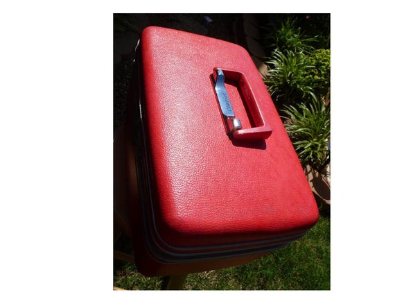 RESERVED Vintage Luggage Train Case Courier