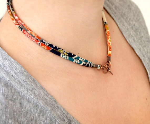 Necklace : Japanese chirimen KIMONO fabric cord  toggle choker necklace with gift box
