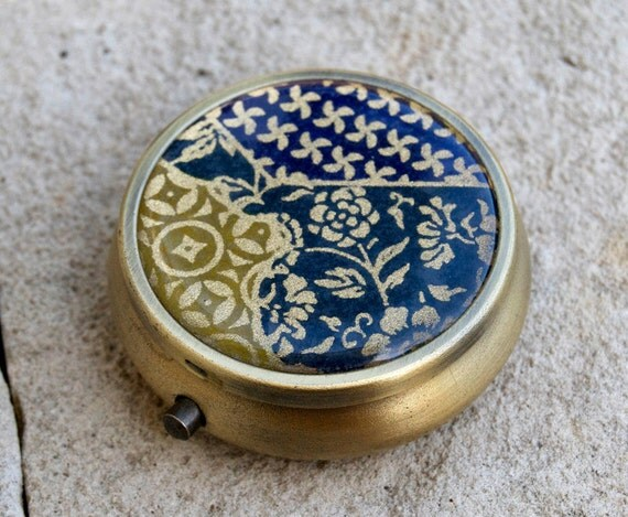 Japanese chiyogami with antiqued bronze round Pill box / case  with GIFT BOX