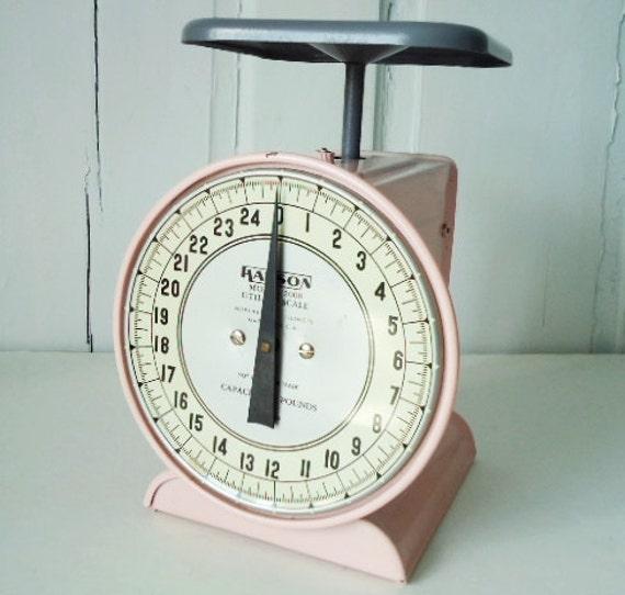 Retro 1950s Original Pink Hanson Kitchen Scale