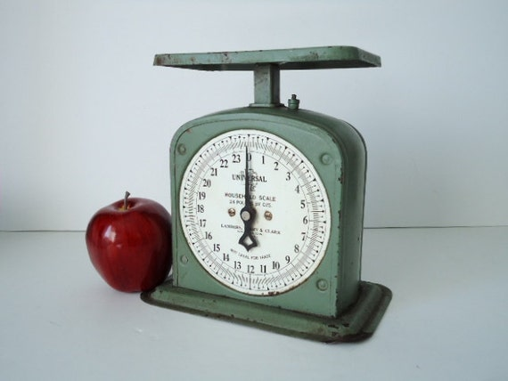 Vintage Kitchen Scale - Shabby Chic Kitchen Scale - Universal Kitchen Scale -  Chippy Green Decor