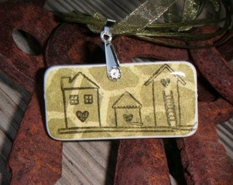 SALE PRICED***Home is where the heart is green domino pendant with free matching necklace 1411