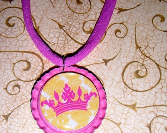 SALE PRICED****I'm Daddys Little Princess Crown Bottle Cap Necklace on Nylon Choker 514t6