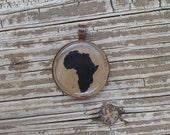 Round Africa Glass Pendant