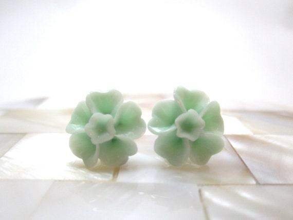 Mint green daisy earrings - pale green sakura flowers on titanium studs - NICKEL FREE for sensitive ears