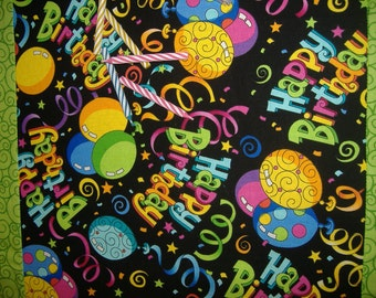 Table Runner Happy Birthday Balloons Confetti Streamers
