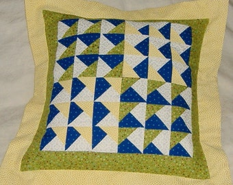 Patchwork Pillow Cover 36 Little Triangle Squares with Yellow Flange Border