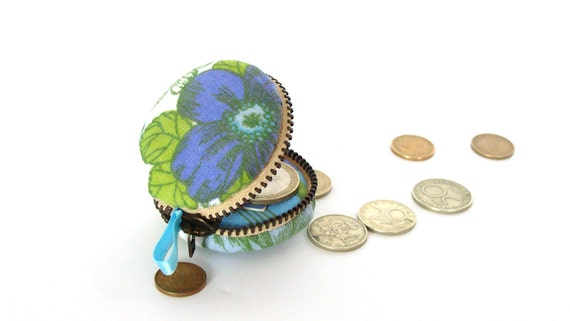 Macaron change  purse - coin wallet, keychain purse, blue and green flowers