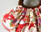 Bag with wood handles Japanese 100% cotton fabric red flower garden, handmade handbag