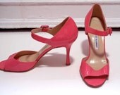 MANOLO BLAHNIK designer pink heels size 38 1/2