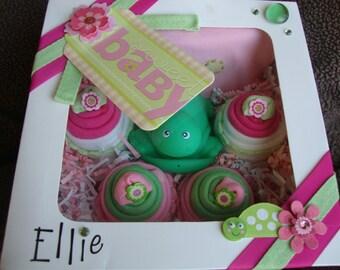Washcloth/Onesie Cupcake Set - Girl