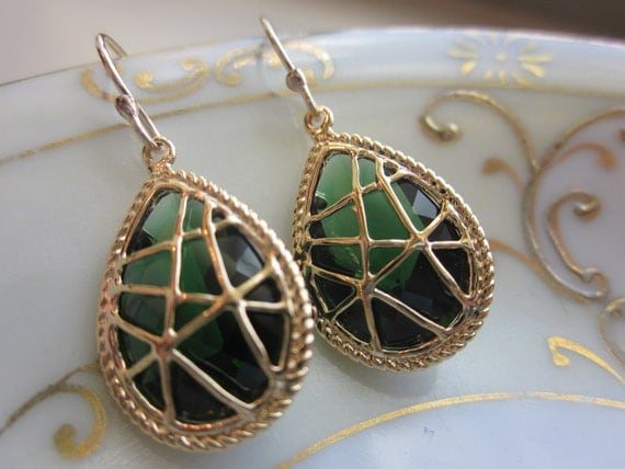 Emerald Green Earrings Gold Twisted - Bridesmaid Earrings - Bridal Earrings - Wedding Earrings