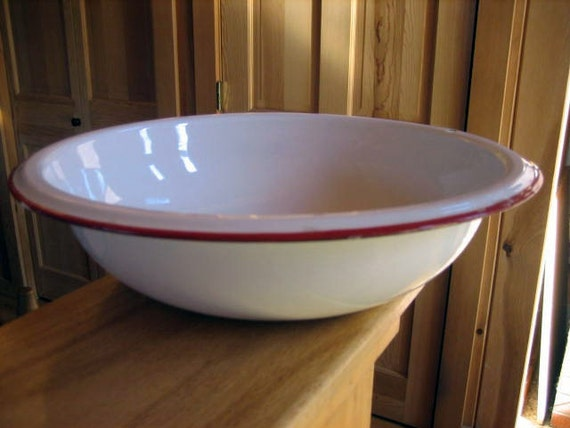 Enamelware porcelain wash basin tub white with red trim round for Porcelain bathtubs for sale