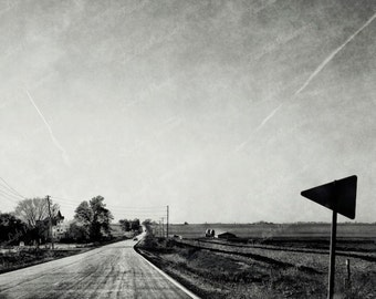 Iowa landscape photography, road with sign and horizon