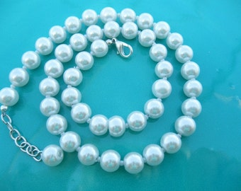 Pearl Necklace Hand crafted pearl necklace everyday or bridal