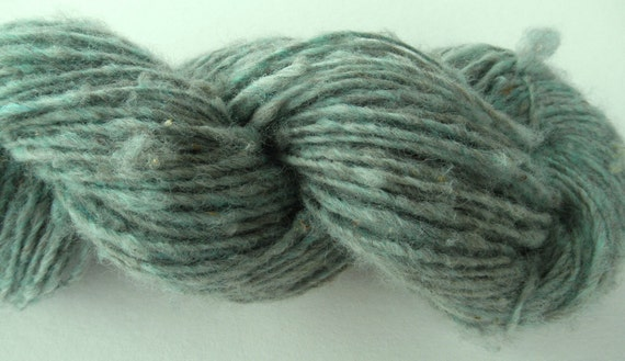 "Handspun yarn ""Scarborough Fair"" Thick and Thin Single Ply Romney Wool"
