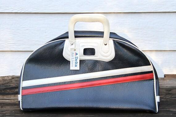 Vintage Uni-Trav Blue Delta Luggage