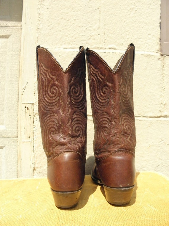 Sz 7 CAPEZIO Vintage 1960s Dark Brown Leather Butterfly Western Boots