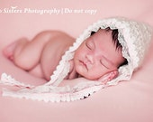 Newborn pixie hat with lace