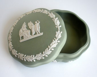 Wedgwood Green Jasperware Box/Dish with Lid - England