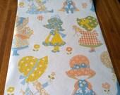 Vintage 1960s Wallpaper-Sweet Little Girls in Bonnets