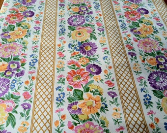 Vintage Wallpaper-1960s/1970s-Beautiful Floral Trellises- by the yard
