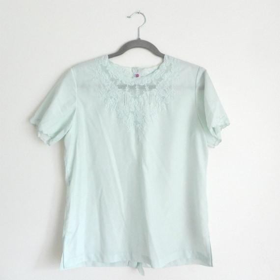 seafoam scalloped edge blouse, m-l