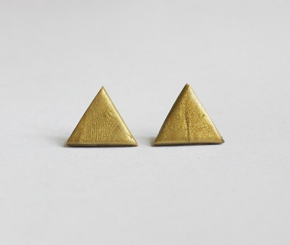 Golden triangle studs // Silver Plated // Geometric earrings // Abstract earrings // Spring jewelry