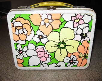 1970s Floral Pattern Lunch box.....