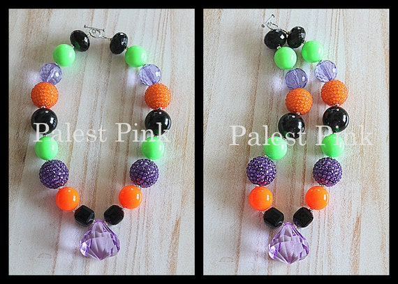 Halloween necklace with BIG purple crystal