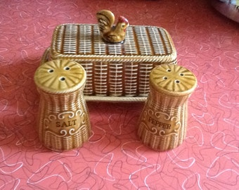 Vintage ceramic chicken on a basket  butter dish and salt and pepper shakers 1950s Japan UK
