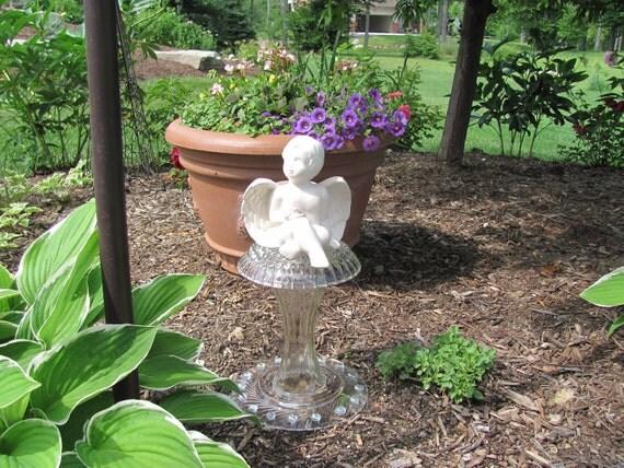 """Garden Art Angel-    """"Sitting Pretty"""""""