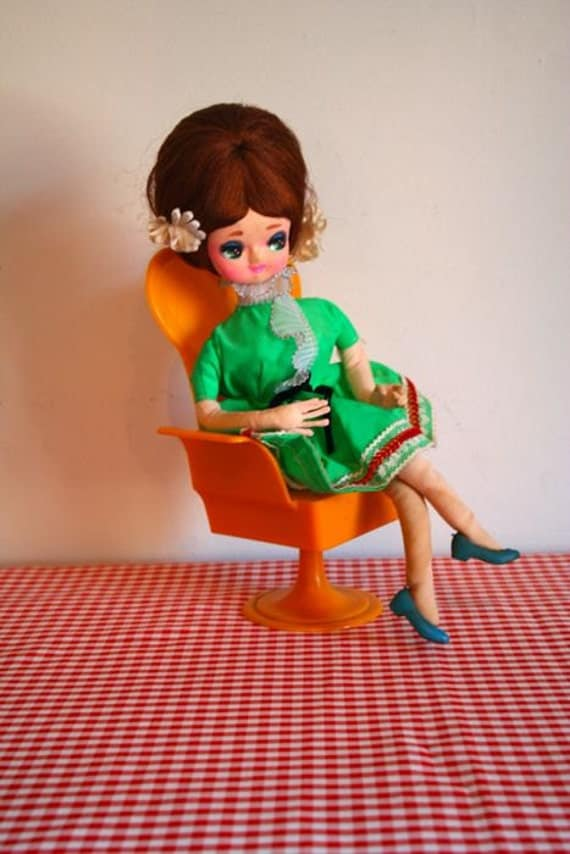vintage 60/70s doll - BIG EYED music box collectible doll