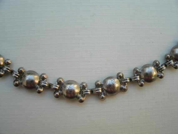Vintage Metal Links Choker Necklace