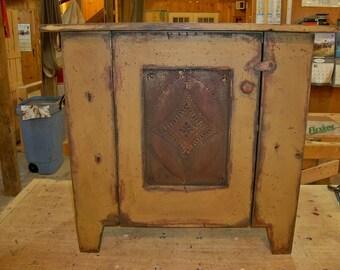 Salem Cabinet