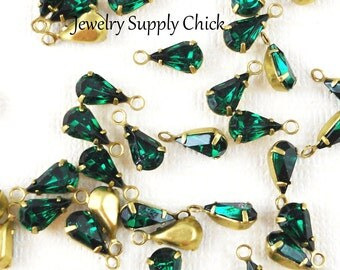 Swarovski Emerald crystal teardrop setting (x6)