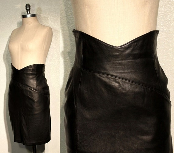 1980s Vintage LEATHER Skirt // BODY CON // High Waisted