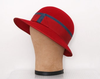 Vintage 1960s Red Wool Hat with Navy Ribbon