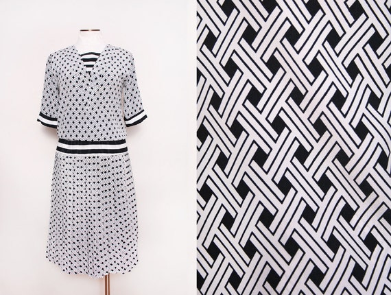 Black and White Drop Waist Dress Pleated Skirt Geometric Print Size Large 1980s Vintage
