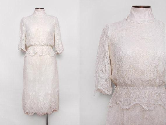 White Crochet Lace Wedding Dress Boho Long Sleeve Size Small
