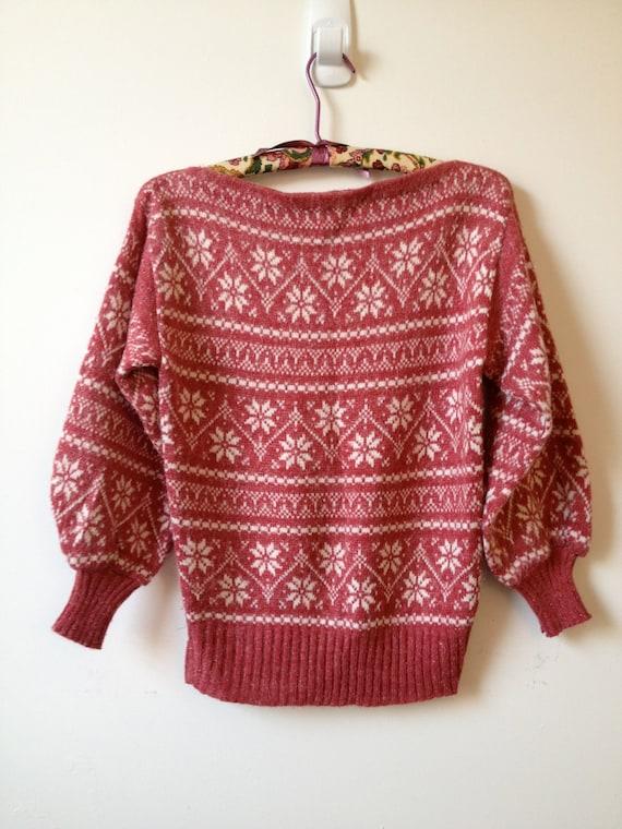 vintage raspberry sparkly snowflake sweater s