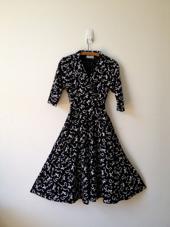 vintage black and white novelty bows print dress s m