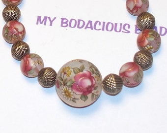 """Handmade 16.5"""" NECKLACE FROSTED and Painted Acrylic Flower Beads Wine Colored Hues Atq. Brass Look  Beads Lobster Claw"""