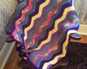 Icepop Inspired Zig Zag Striped Ripple Afghan