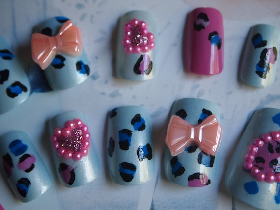 """SALE! 3d Japanese Style Handpainted Leopard Nails """"Party Girl """" SIZE A"""
